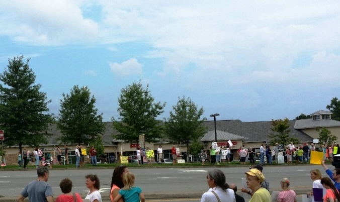 2015 Pro-life rally at Planned Parenthood, Lawrenceville, GA
