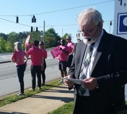 Reverend Warren Gardner at Planned Parenthood Rally April 2016